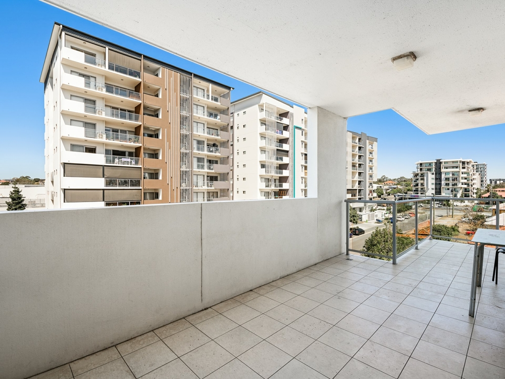 303/20 Playfield Street Chermside, QLD 4032