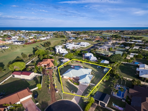 5 Jess Place Coral Cove, QLD 4670