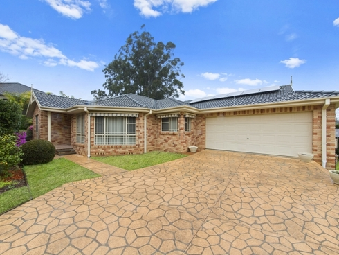 136 Avoca Drive Green Point, NSW 2251