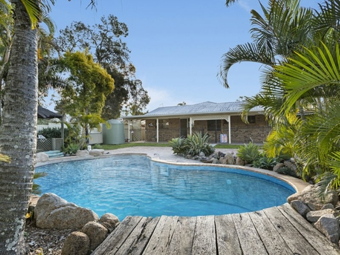 16 Ziegenfusz Road Thornlands, QLD 4164