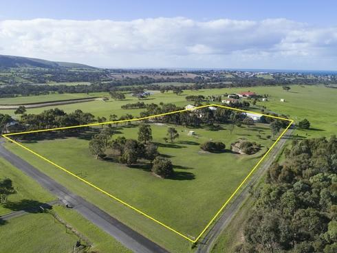 60 Panorama Drive Hindmarsh Valley, SA 5211