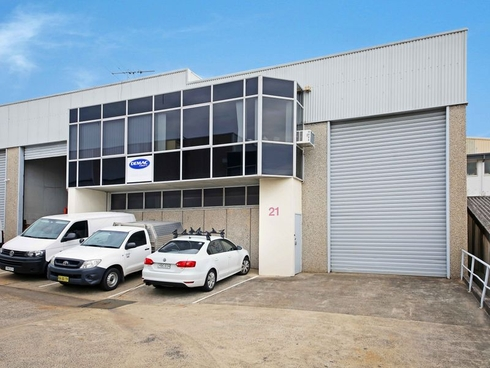 Unit 21/10 Yalgar Road Kirrawee, NSW 2232