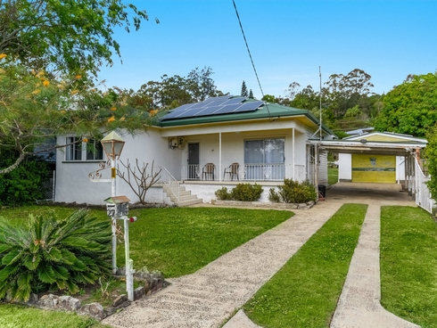27 Floral Avenue East Lismore, NSW 2480