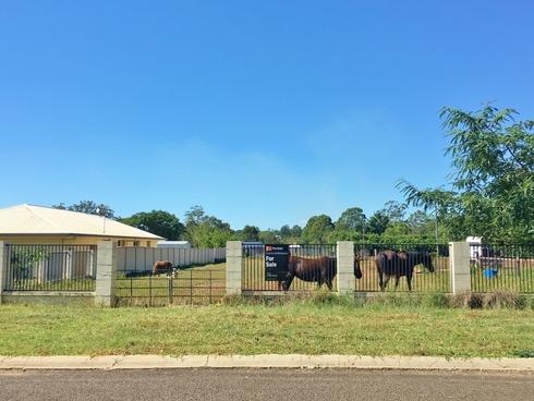 24 McIlhatton Street Wondai, QLD 4606