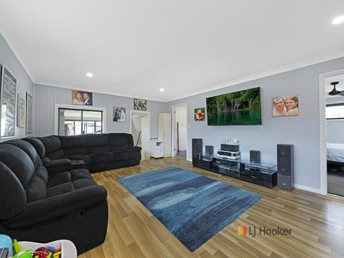 127 Winbin Crescent Gwandalan, NSW 2259