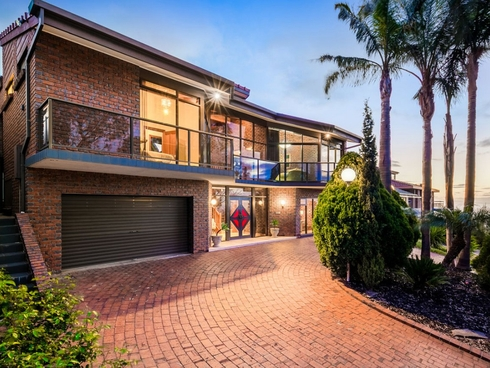 15 Blue Crescent Woodforde, SA 5072