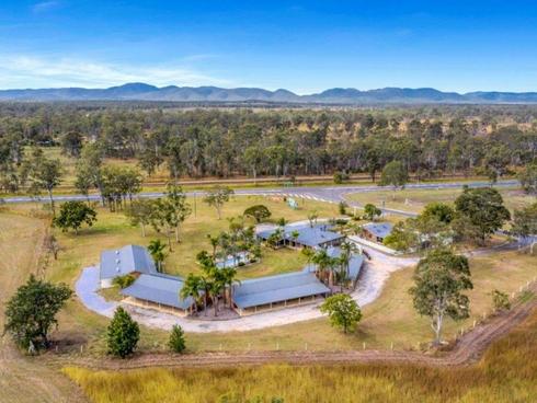 4 Reedbed Road Bororen, QLD 4678