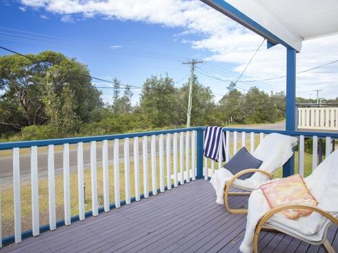 21 Matron Porter Drive Narrawallee, NSW 2539