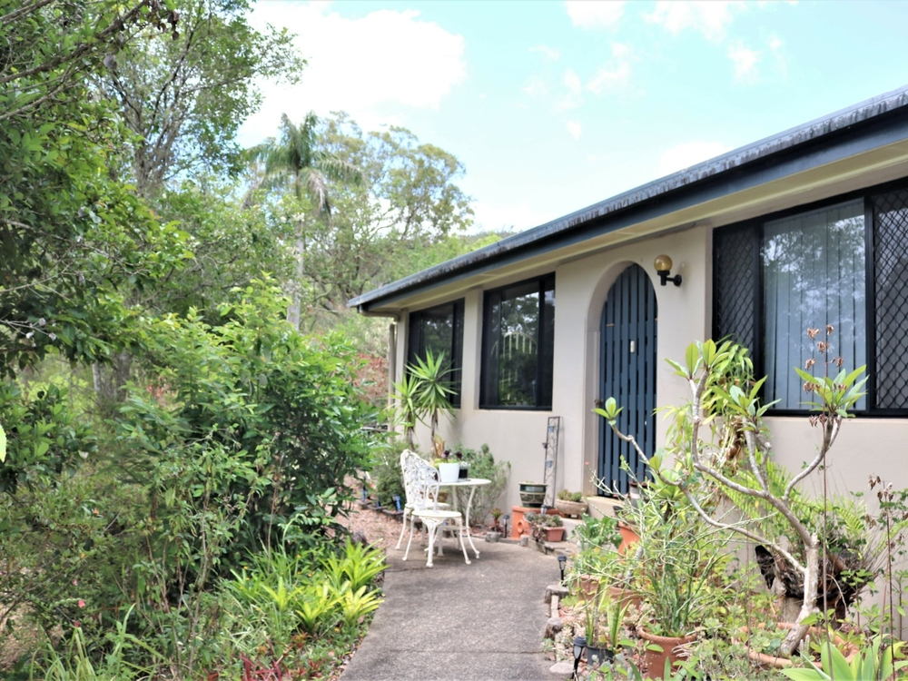 11 Page Road Atherton, QLD 4883