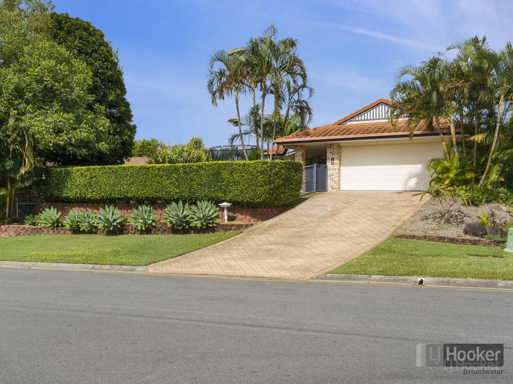 4 Hazeltine Place Parkwood, QLD 4214