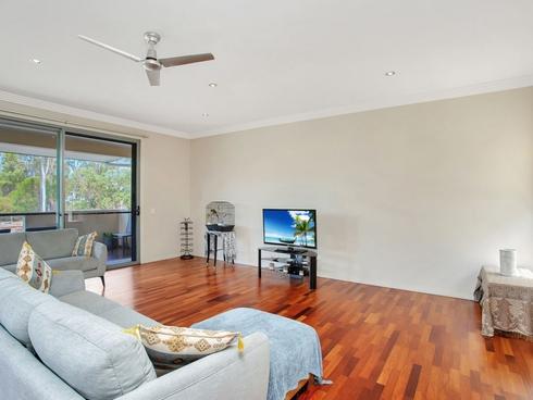 2/119 Bayswater Avenue Varsity Lakes, QLD 4227