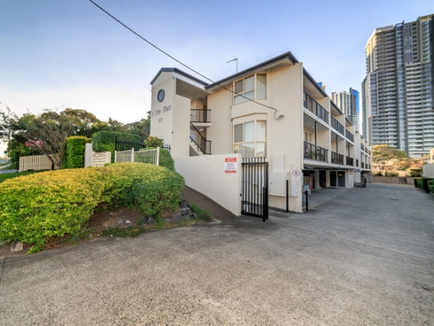 3/63 Queen Street Southport, QLD 4215