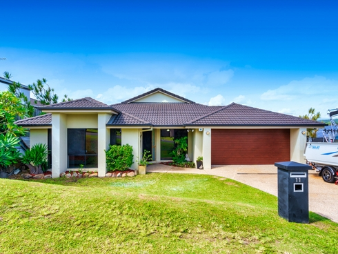 11 Buchanan Circuit Oxenford, QLD 4210