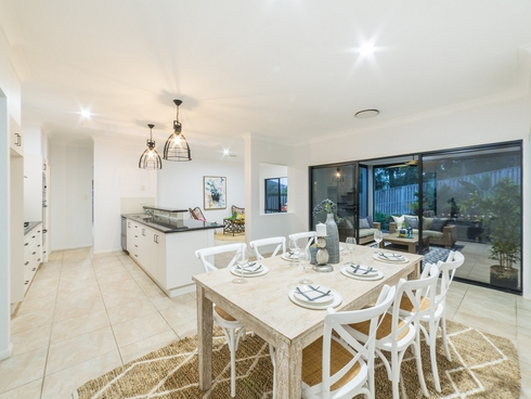 37 Buccaneer Way Coomera Waters, QLD 4209