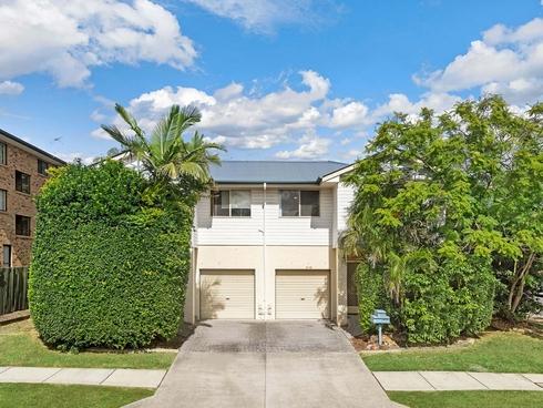 2/72 Gainsborough Street Moorooka, QLD 4105