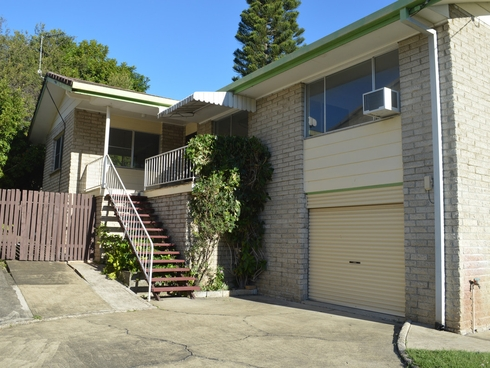 28 Enid Avenue Southport, QLD 4215