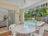 7/24 Warren Street Palm Cove, QLD 4879