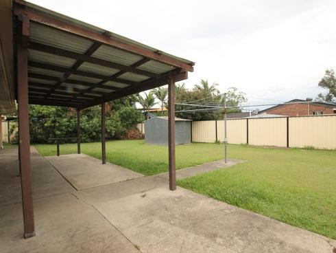 42 Glendevon Cr Mount Warren Park, QLD 4207