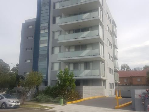13/35 Enid Avenue Granville, NSW 2142