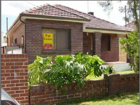 9 Karingal Street Kingsgrove, NSW 2208