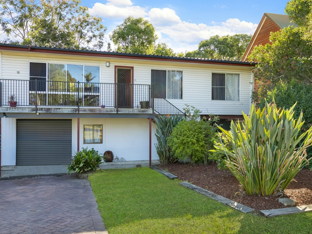 12 Harding Avenue Lake Munmorah, NSW 2259
