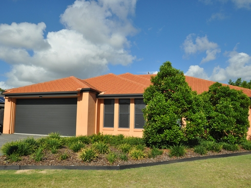 4 Begonia Court Wynnum West, QLD 4178