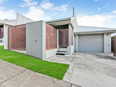 20 Greenleaf Avenue Springfield Lakes, QLD 4300