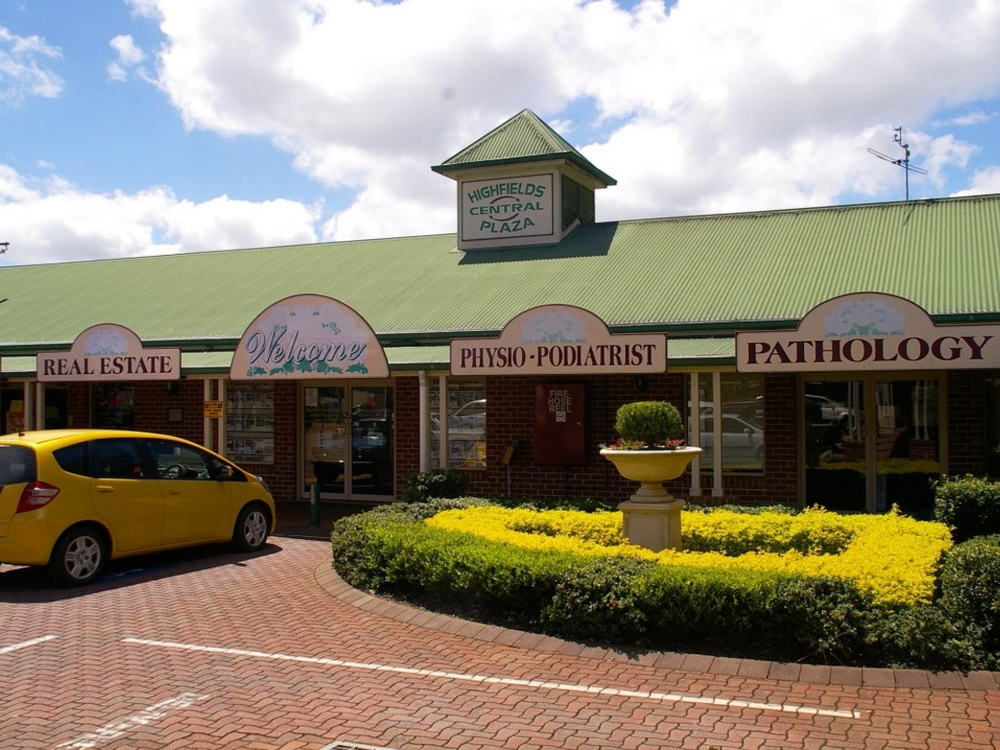 Shop 8a/2 Plaza Circuit Highfields, QLD 4352