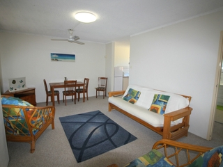 Unit 5/8-10 High Street Yamba, NSW 2464