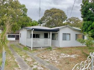 28 Tenth Avenue Budgewoi , NSW, 2262