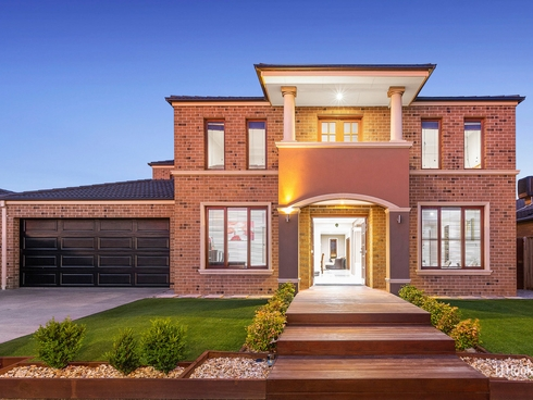 2 Banilla Close Point Cook, VIC 3030