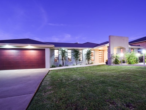 1 Settlers Place Young, NSW 2594