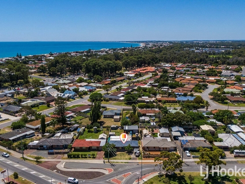 2A Wyeree Road Mandurah, WA 6210