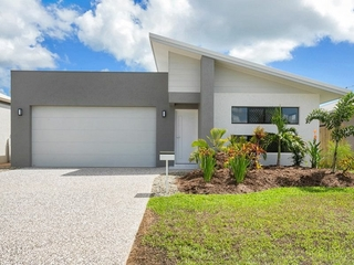 31 Singleton Close Smithfield , QLD, 4878