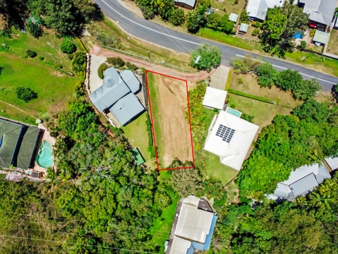 16 Lake Morris Road Kanimbla, QLD 4870