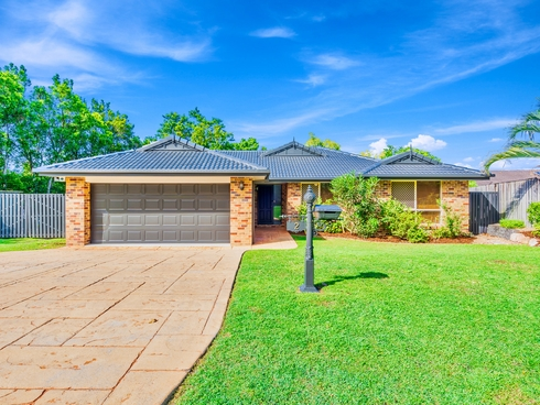 2 Bounty Way Pacific Pines, QLD 4211