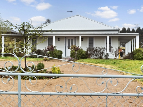 28 Windsor Crescent Moss Vale, NSW 2577