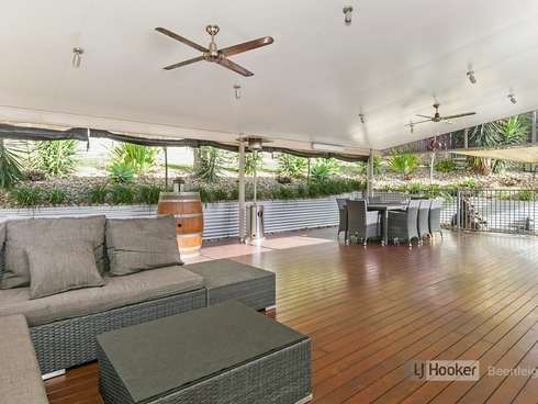 18 Mossman Parade Waterford, QLD 4133