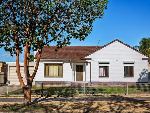 15 Hewitt Road Elizabeth South, SA 5112